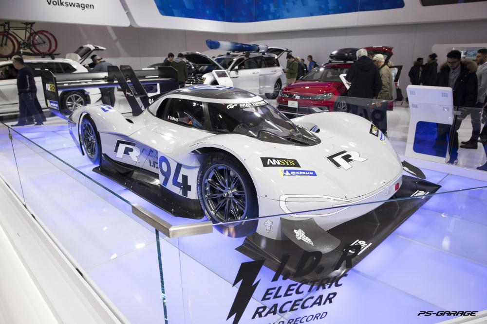 2019 Canadian International Auto Show - Volkswagen I.D. R